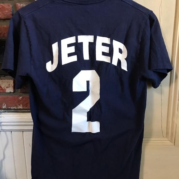 best authentic c20a5 47bd7 Men's New York Yankees Derek Jeter Shirt Size Smal